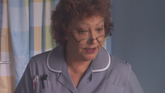 Kelly gets advice from midwife Judy